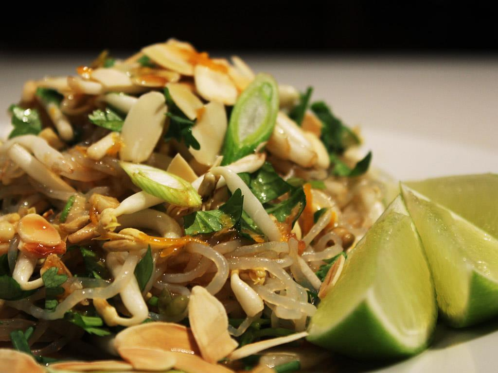 Cold Pad Thai Salad