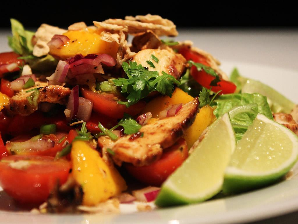 Spicy Chicken & Mango Salad