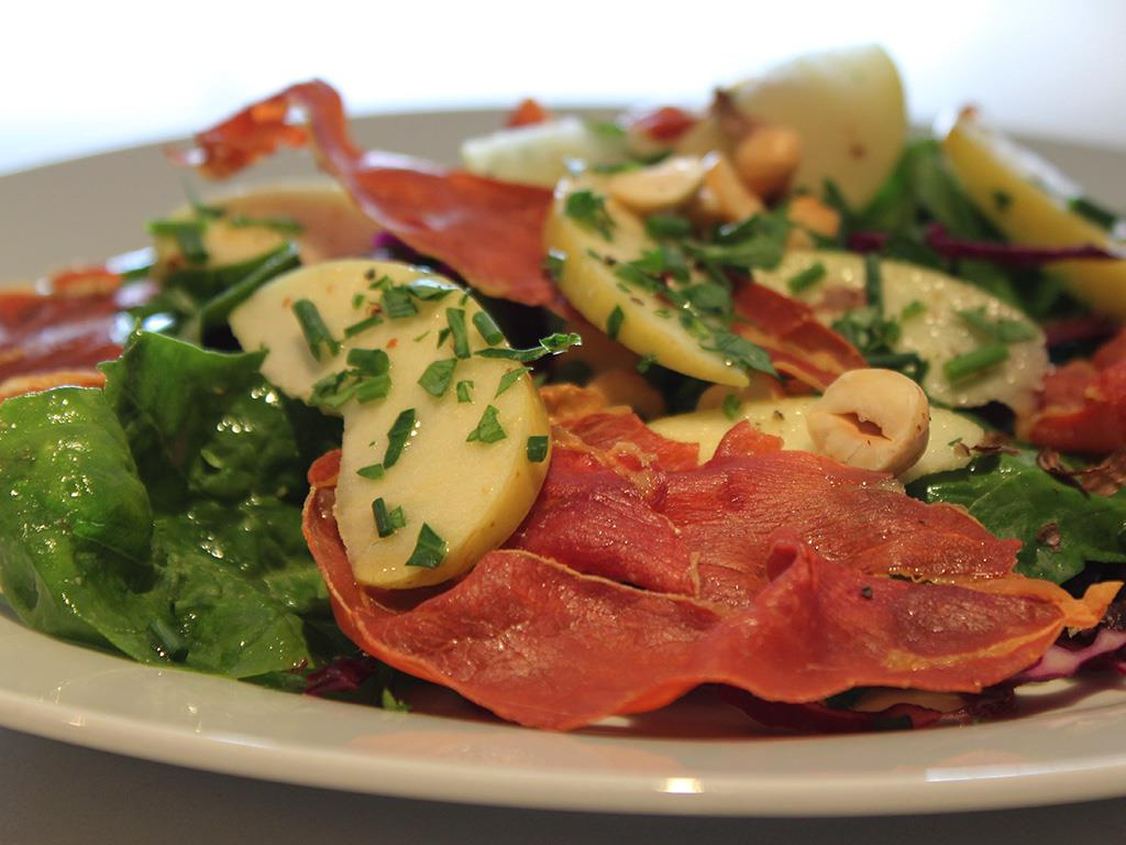 Crispy Prosciutto & Apple Salad