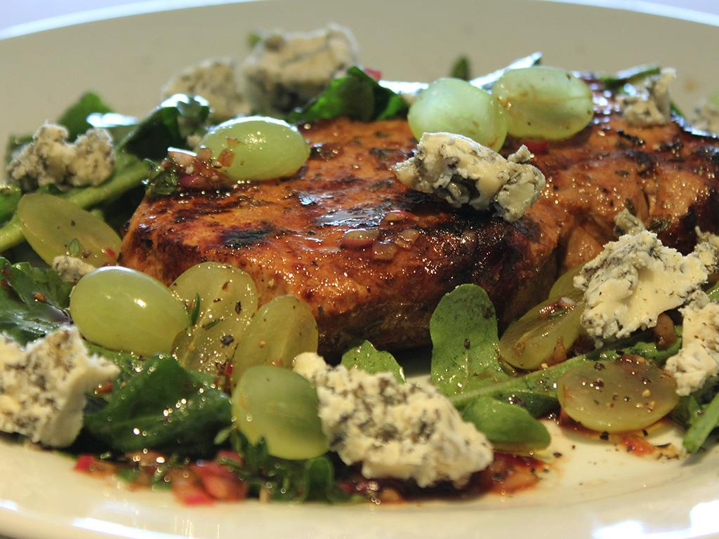 Char-grilled Pork with Rocket & Blue Cheese