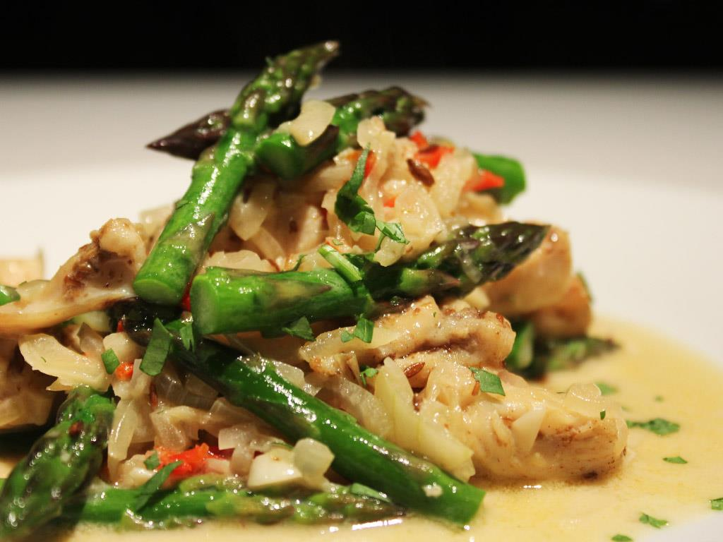 Coconut Chicken & Asparagus
