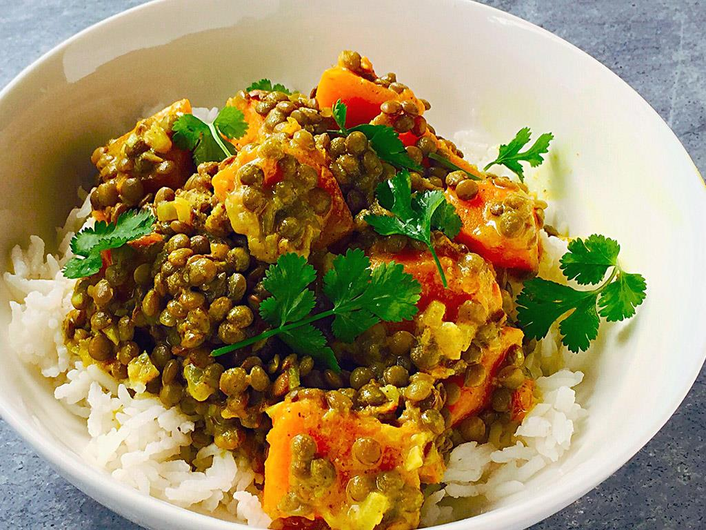 Solo: Butternut, Lentil & Coconut Curry