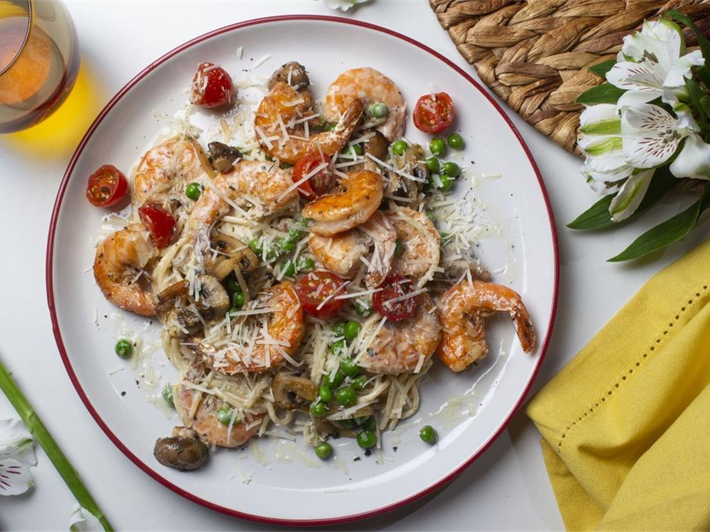 Creamy Garlic Prawn and Mushroom Spaghetti