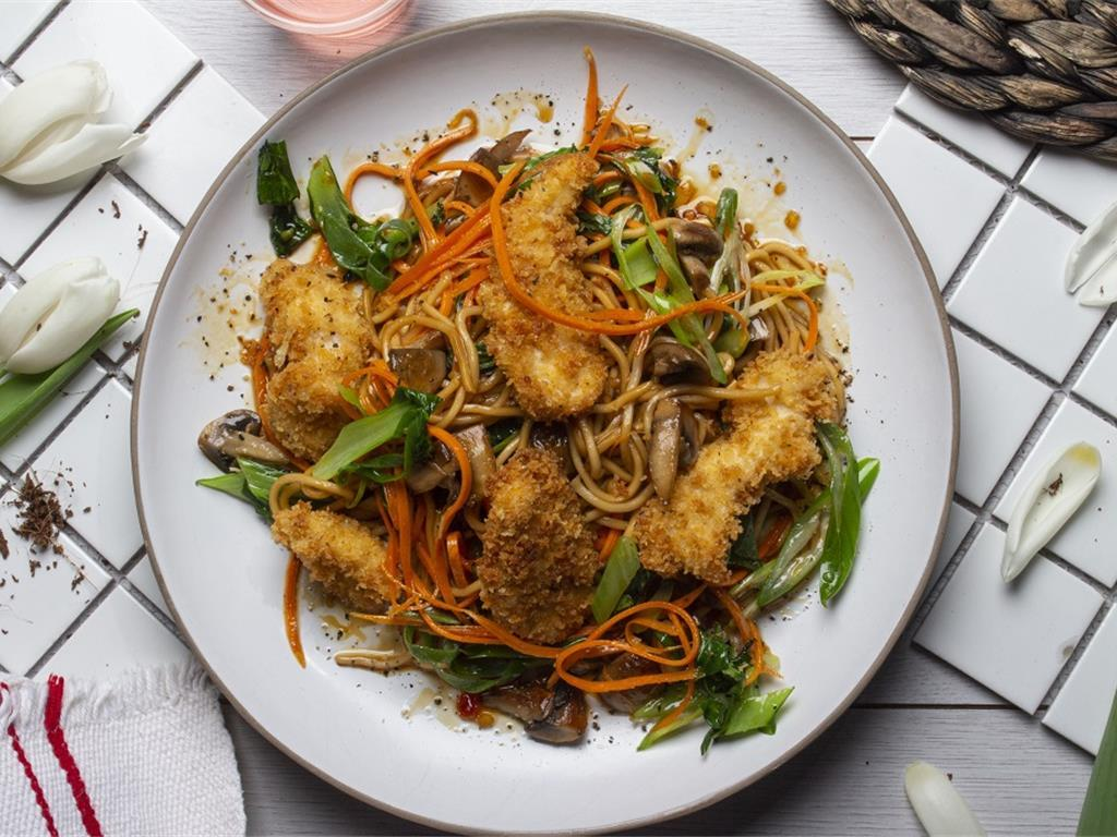 Sweet and Sour Crispy Chicken Noodles