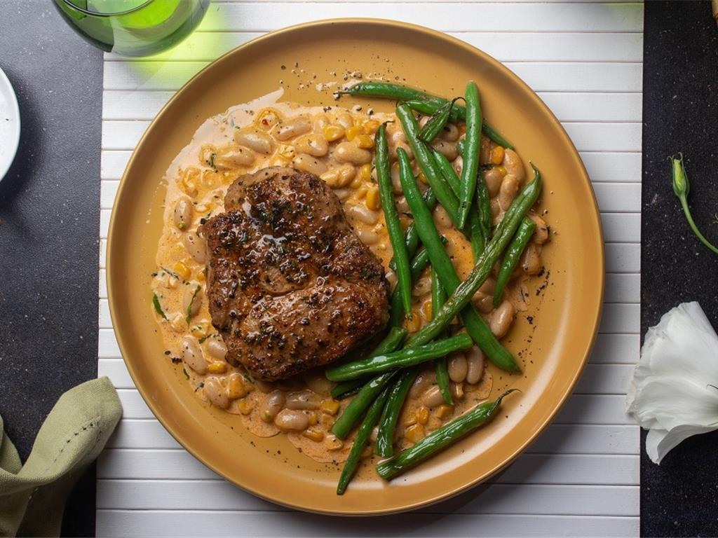 Solo: Southern Spiced Pork with Creamy Corn